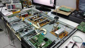 tv 300x169 - Instalação e Conserto de TV em Piratininga - chame a Rstark Assistência Técnica